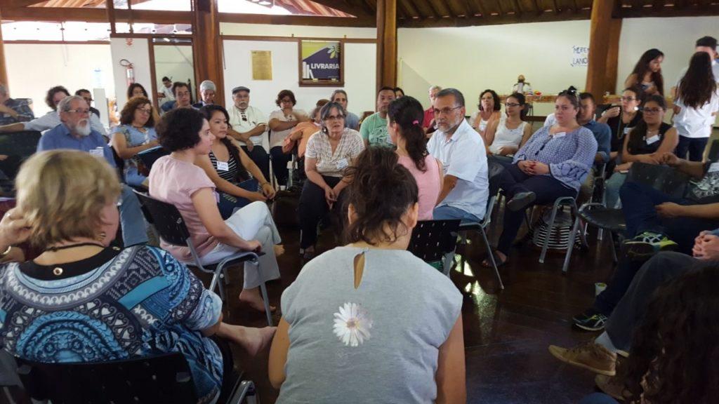 """"""" São muitas as Américas Latinas dentro deste continente"""""""