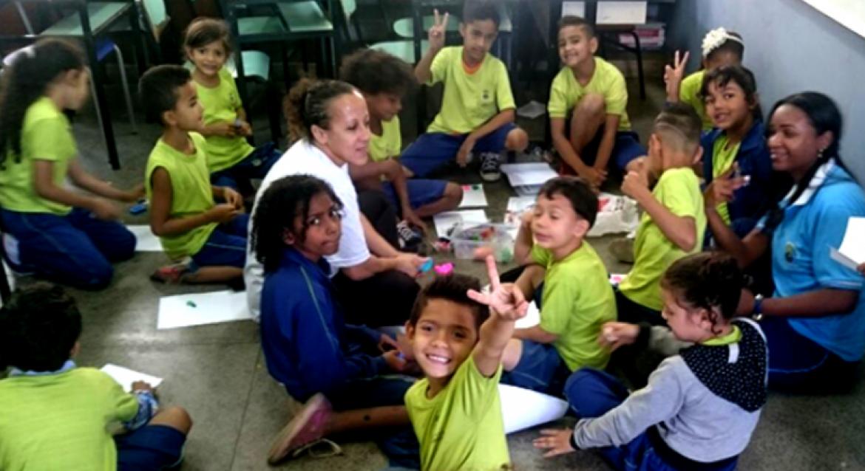 Educador Paulo Freire é homenageado em escola municipal