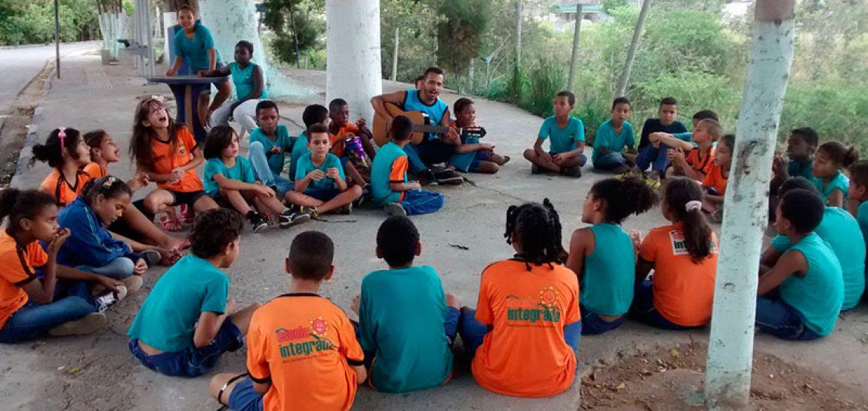 Programa Escolas Transformadoras reúne especialistas para discutir empatia na educação de crianças e jovens
